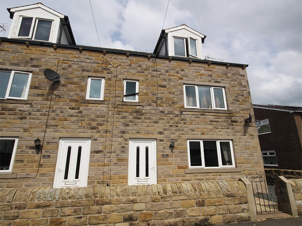 4 bedroom semi-detached house To Let in Earby - Property photograph